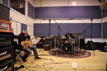 Renewsound - аудио звукозаписно студио в София - сесия