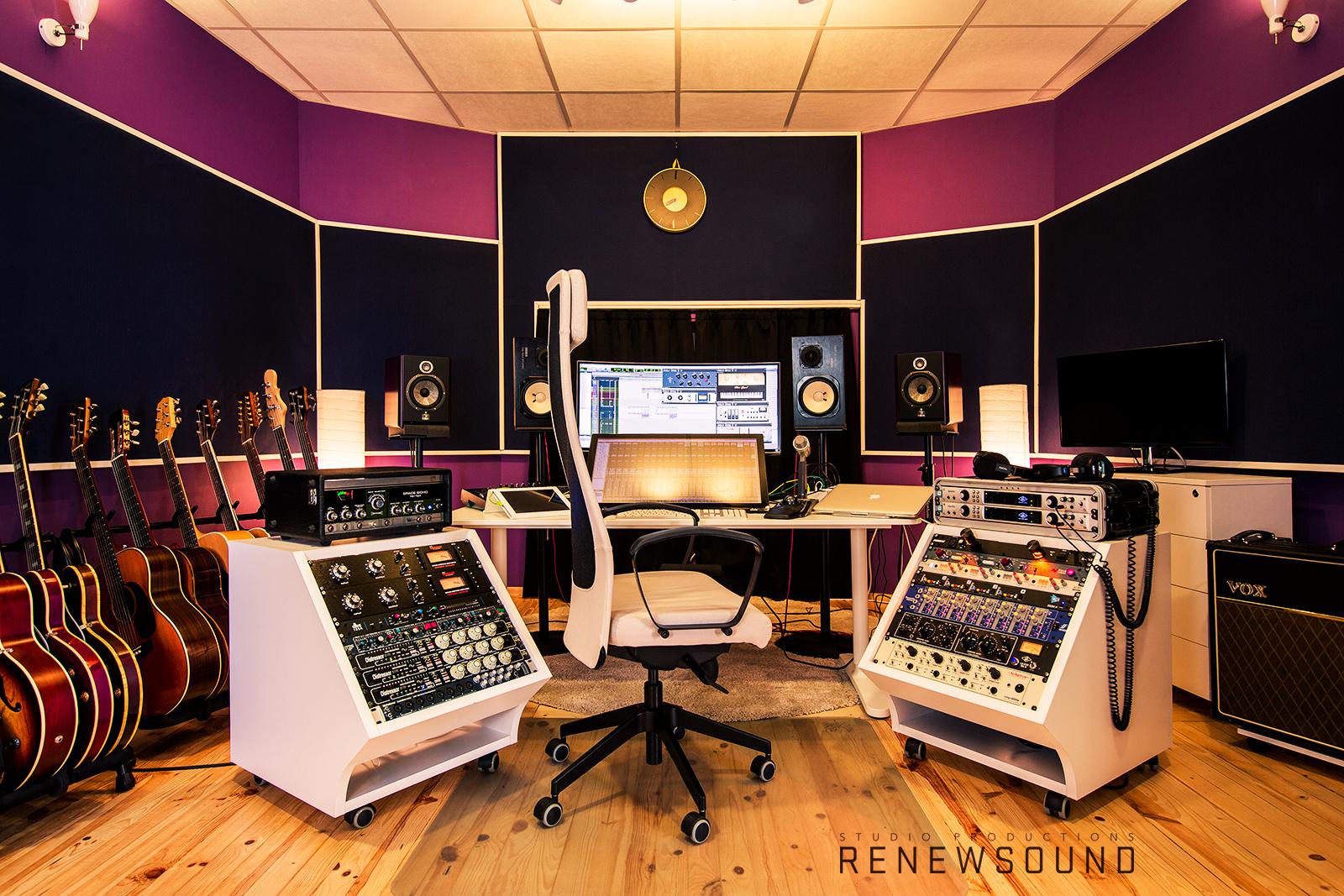 RENEWSOUND Studio productions - Аудио звукозаписно студио в София - Control Room