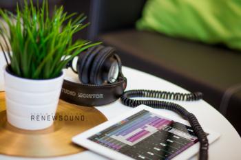 Звукозаписно студио RENEWSOUND - Kitchen, iPad